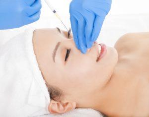 Embellecimiento facial con lipoinyeccion